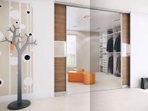contemporary sliding door wardrobe ATTRACTIVE WALK-IN  HTH Køkkener
