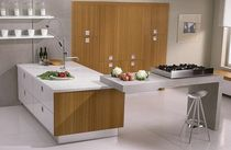 contemporary solid wood kitchen (bamboo) PESQUERA BLOCK
