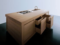 contemporary solid wood kitchen (chestnut) WOOD 100% by Giancarlo Vegni  EFFETI INDUSTRIE