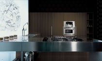 contemporary solid wood / stainless steel kitchen +01/E MVK ITALIA