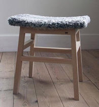 contemporary solid wood stool ENDRE G.A.D