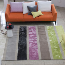 contemporary striped rug in wool  DESIGNERS GUILD