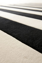 contemporary striped rug in wool STRIPE by Therese Sennerholt a-carpet