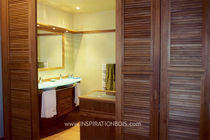 contemporary teck wood bathroom MARINE / BATEAU INSPIRATION BOIS
