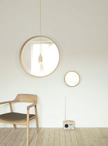contemporary wall mirror OFFSPRING by Stefan Schöning Reflect +