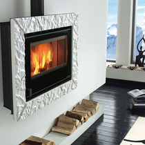 contemporary wall-mounted wood-burning stove PLASMA 80: 26 Nordica