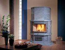 contemporary wood-burning stove WILMA 6 NunnaUuni