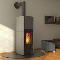 contemporary wood-burning stove T-LINE ECO2 by GANN & Gabriela Vetsch André Riemens Tonwerk Lausen AG