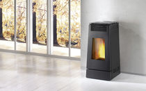 contemporary wood pellet boiler stove LINEA Pellet XW  Caminetti Montegrappa