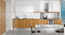 contemporary wood veneer / lacquer kitchen LUNA Arredo3 s.r.l.