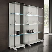 contemporary wooden and glass bookcase MEDORA by Urbino&Lomazzi TONELLI Design