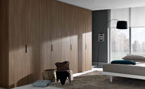 contemporary wooden wardrobe LISCIA GAB