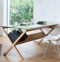 contemporary writing desk COVET by Shin Azumi case