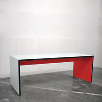 contemporary writing desk CUBE YOU LAMA CONCEPT