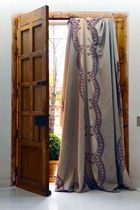curtain OTHELLO by Coqui Ybarra YBARRA &amp; SERRET