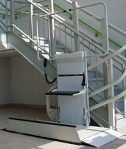 curved platform stair lift for the disabled OMEGA Savaria
