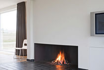 custom contemporary fireplace (wood-burning open hearth)  Waco & C°