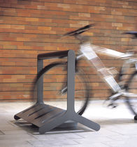 cycle stand for public spaces VELO by David Karásek, Radek Hegmon  mmcité