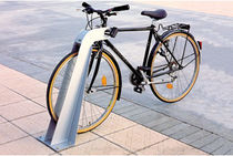 cycle stand for public spaces BICIPODA DAE