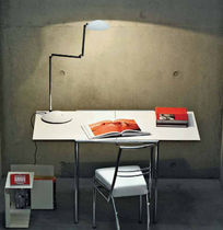 design extending table by Eileen Gray (Bauhaus) JEAN CLASSICON