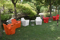 design garden chair with armrests SUNSET by Guggenbichler Design TONON