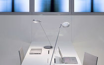 design metal table lamp (adjustable arm) SENTO: TAVOLO Occhio