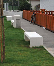 design public bench in concrete MATEUS Grupo Amop Synergies