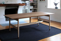 design table by Finn Juhl (scandinavian) KAUFMANN Triode Design