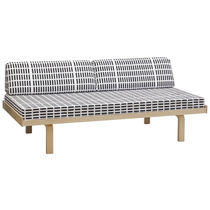 design upholstered bench by Alvar Aalto (scandinavian) 710 Artek