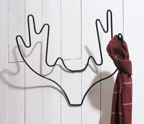 design wall mounted coat rack ANTLERS by Alexander Taylor thorsten van elten