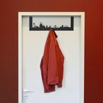 design wall mounted coat rack T&Uuml;RGARDEROBE RADIUS DESIGN
