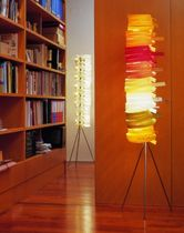 design wooden floor lamp (tripod) SIOUX by Miguel Herranz Lzf-Lamps