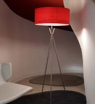design wooden table lamp (tripod) COSMOS by Marivi Calvo Lzf-Lamps