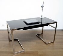 design writing desk in wood FLORENCE CASSETTO CENTRALE SABINOAPRILE/Interior Design