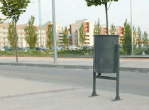 dust-bin for public spaces CIRCULAR : PA600M Benito