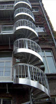 exterior spiral staircase for commercial buildings (metal frame and steps) BARREAUD&Eacute;S GANTOIS Industries