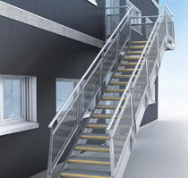exterior straight staircase for commercial buildings ESCALIER DROIT MARHINA&copy; GANTOIS Industries