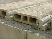 floor with girder-slab (concrete interjoist)  Ballut Blocks