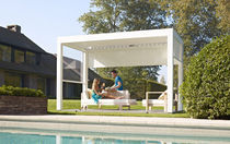 freestanding aluminium pergola with mobile slats SHUTTERCUBE solero