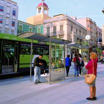 glass and metal bus shelter ROSELLÓ by Antoni Roselló ESTEVA