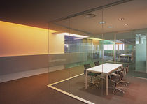 glass removable partition without vertical stud METAFORA Adotta Italia srl