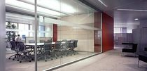 glass removable partition RF CORRIDOR WALL by Johannes Scherr Bene