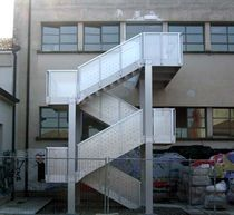 half-turn fire escape staircase in metal PANDINO SCHOOL-CREMONA  ALUSCALAE