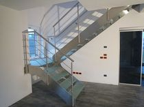 half-turn staircase with a lateral stringer (metal frame and glass steps) MODEL 500 Interbau