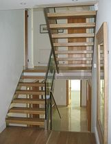 half-turn staircase with a lateral stringer (metal frame and wooden steps) FYN INOX VVV essegi scale