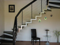 half-turn staircase with a lateral stringer (metal frame and wooden steps) STEEL ART HGM Schmidt Escaliers