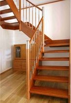 half-turn staircase with a lateral stringer (wooden frame and steps) MOD. 100 LF Interbau