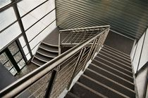 half-turn staircase with a lateral stringer for commercial buildings (metal frame and steps) KLATKI SCHODOWE ATRIUM Atrium