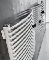 horizontal hot water radiator AFLY by Andrea Crosetta Antrax IT