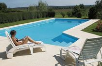 inground concrete swimming pool (polymer formwork) ELEGANCI'&Ocirc; Mondial Piscines